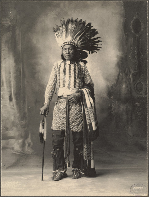 Arapahoe Chief, 1899. (Photo by Frank A. Rinehart)