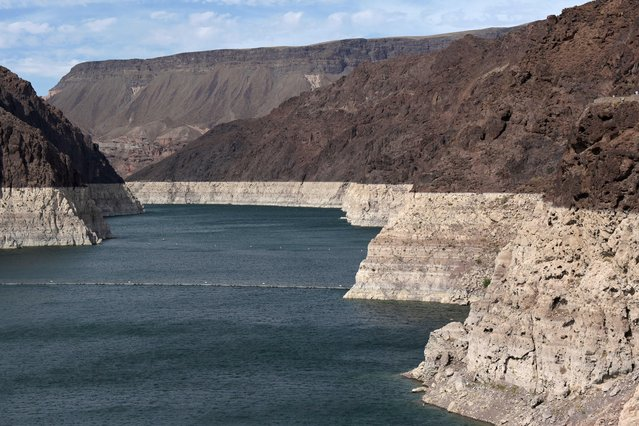Low water levels due to drought are seen in the Hoover Dam reservoir of Lake Mead near Las Vegas, Nevada, U.S. June 9, 2021. (Photo by Bridget Bennett/Reuters)
