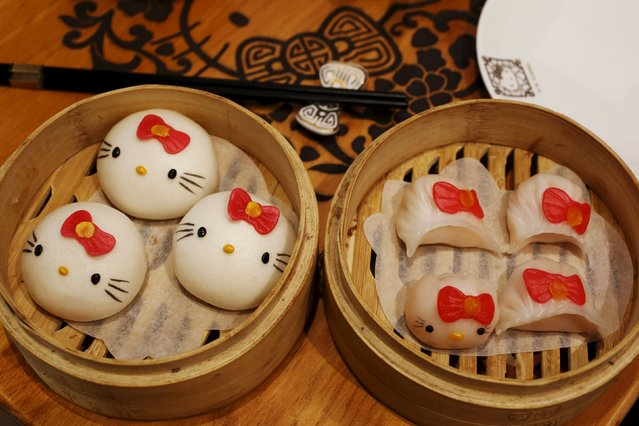 Decorated buns (L) and shrimp dumplings are seen at a Hello Kitty-themed Chinese restaurant in Hong Kong, China May 21, 2015. (Photo by Bobby Yip/Reuters)