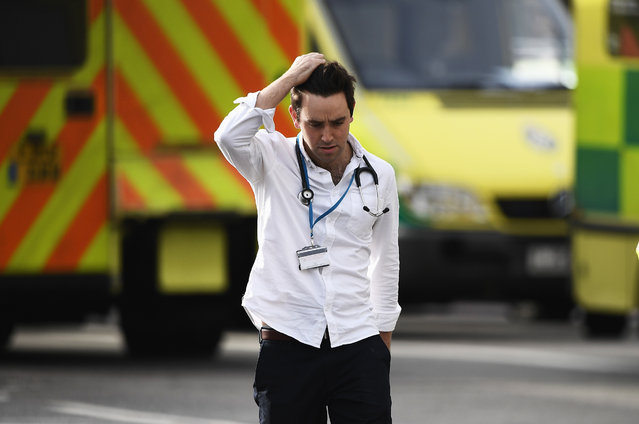 A medic is seen near Westminster Bridge and the Houses of Parliament on March 22, 2017 in London, England. (Photo by Carl Court/Getty Images)
