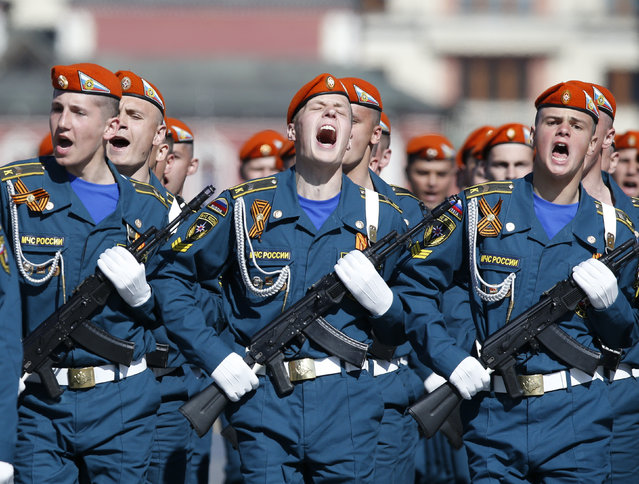 Russian servicemen march during the Victory Day parade in Moscow's Red Square May 9, 2014. (Photo by Sergei Karpukhin/Reuters)