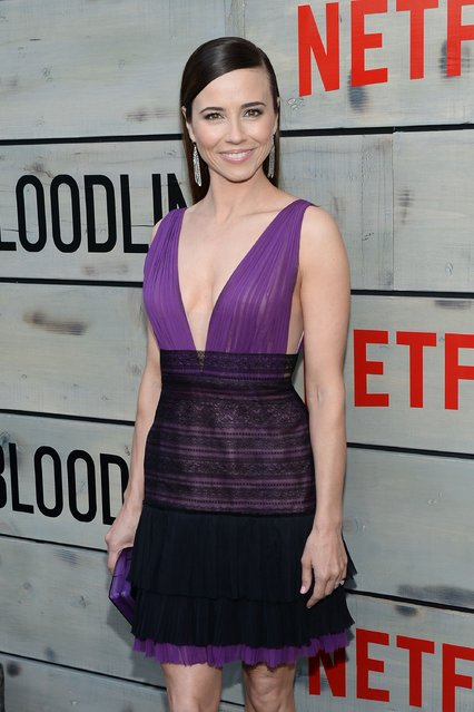 """Actress Linda Cardellini attends the Premiere of Netflix's """"Bloodline"""" at Westwood Village Theatre on May 24, 2016 in Westwood, California. (Photo by Matt Winkelmeyer/Getty Images)"""