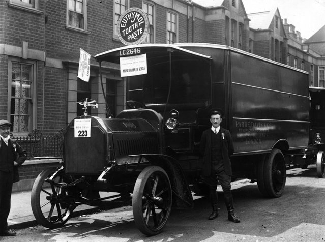 A Milnes Daimler lorry at Earls Court, London, June 1911.