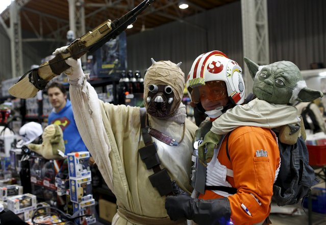 """Some people dressed as Star Wars characters pose at the comic fair """"Vienna Comix"""" in Vienna, Austria, October 3, 2015. (Photo by Leonhard Foeger/Reuters)"""