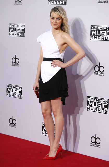 Actress Taylor Schilling arrives at the 42nd American Music Awards in Los Angeles. (Photo by Danny Moloshok/Reuters)