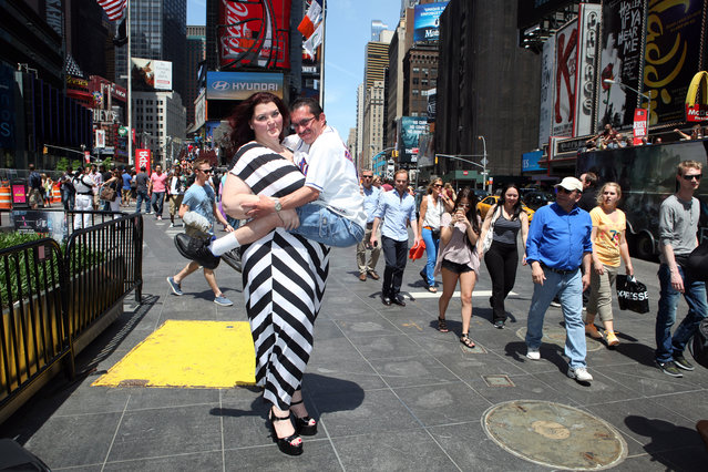 Amazon Amanda and Sergio seen out together in the Big Apple on May 26, 2014 in New York City. (Photo by Ruaridh Connellan/Barcroft Media)