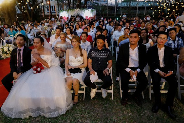 Same-sеx couples attend a ceremonial exchange of vows in a country where same-sеx marriage remains illegal, on Valentine's Day, in Quezon City, Metro Manila, Philippines, February 14, 2020. (Photo by Eloisa Lopez/Reuters)
