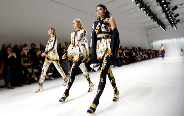 Models display creations from the Versace Spring/Summer 2018 show at the Milan Fashion Week in Milan, Italy, September 22, 2017. (Photo by Alessandro Garofalo/Reuters)