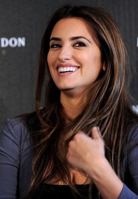 Actress Penelope Cruz attends a press conference for her Best Supporting Actress Oscar Nomination on March 6, 2010 in Los Angeles, California. (Photo by Alberto E. Rodriguez/Getty Images)