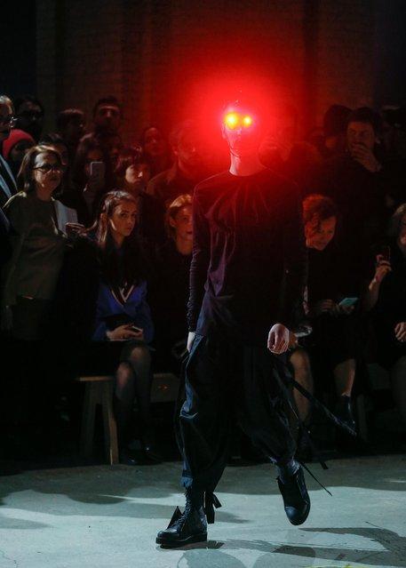 A model presents a creation by Ukrainian designer Volodymyr Demchynskiy and his brand Dastish Fantastish during the Ukrainian Fashion Week in Kiev, Ukraine, 03 February 2018. (Photo by Sergey Dolzhenko/EPA/EFE)