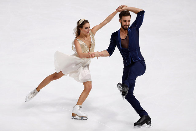 Figure Skating, ISU Grand Prix of Figure Skating Trophee de France 2016/2017, Ice Dance Short Dance, Paris, France on November 11, 2016. Gabriella Papadakis and Guillaume Cizeron of France compete. (Photo by Charles Platiau/Reuters)