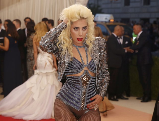 """Singer Lady Gaga arrives at the Metropolitan Museum of Art Costume Institute Gala (Met Gala) to celebrate the opening of """"Manus x Machina: Fashion in an Age of Technology"""" in the Manhattan borough of New York, May 2, 2016. (Photo by Lucas Jackson/Reuters)"""
