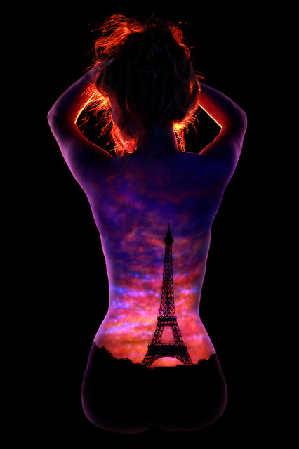 """Sunset Over Paris"". (Photo by John Poppleton/Caters News)"