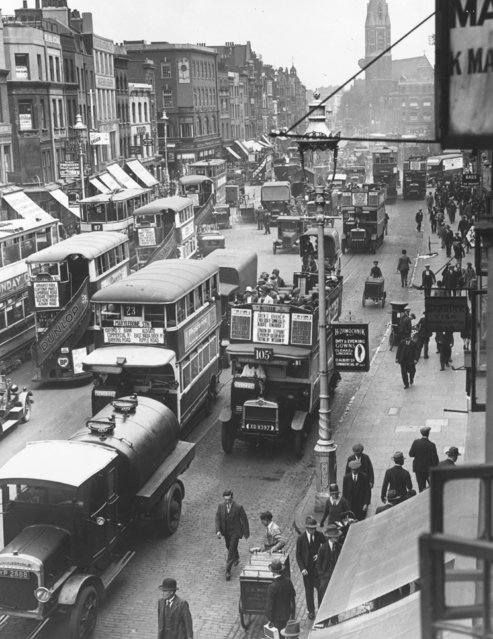 Traffic scene at Shoreditch, East London, 1929.