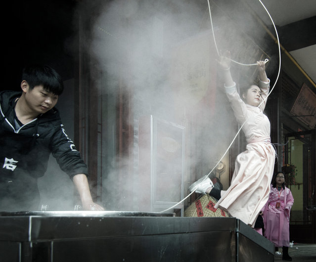 Street food – Ramen Art by Xuepin Du. (Photo by Xuepin Du/Pink Lady Food Photographer Award 2020)