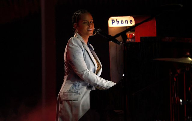 Singer Alicia Keys performs a medley at the 2021 Billboard Music Awards at Microsoft Theater in Los Angeles, California, U.S., May 20, 2021. (Photo by Mario Anzuoni/Reuters)