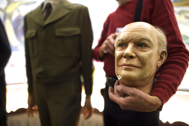 The wax head of President Dwight D. Eisenhower is removed from a figure after it was purchased from an auction of the Hall of Presidents Museum, which closed in November, in Gettysburg, Pennsylvania, U.S. January 14, 2017. (Photo by Mark Makela/Reuters)