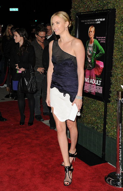 Actress Charlize Theron arrives at the premiere of Paramount Pictures and Mandate Pictures' 'Young Adult' held