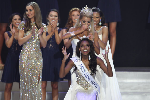 Miss Tupelo Asya Branch reacts to being crowned Miss Mississippi 2018 during the Miss Mississippi Pageant at the Vicksburg Convention, Saturday, June 23, 2018, in Vicksburg, Miss. (Photo by Courtland Wells/The Vicksburg Post via AP Photo)