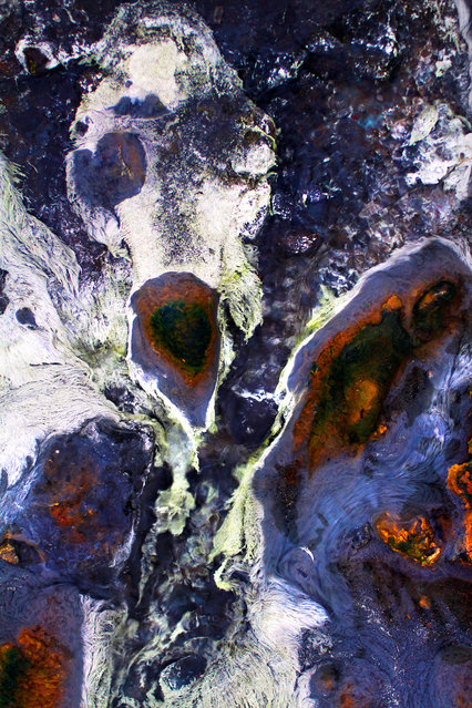 Vilhjalmsson took these photos at hot springs just outside Reykjavik, Iceland. (Photo by Johann Vilhjalmsson/Caters News)