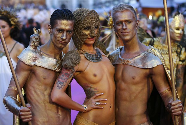 Guests arrive for the opening ceremony of the 23rd Life Ball in Vienna May 16, 2015. (Photo by Leonhard Foeger/Reuters)