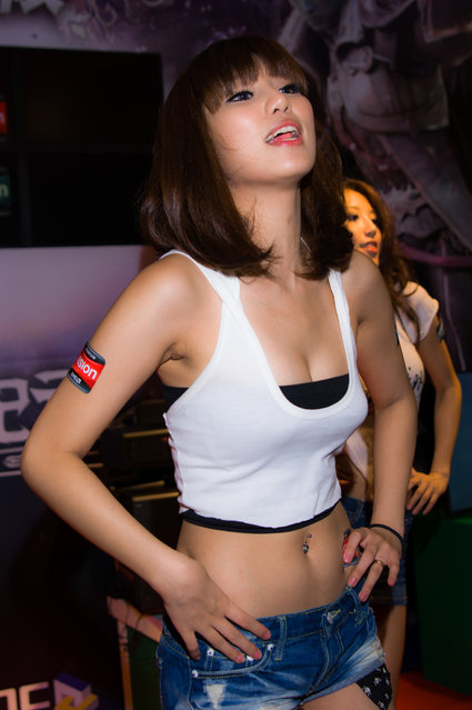 Asian Beauty: Hot Promotional Models in Taipei, Taiwan. Taipei Computer Applications Show 2010