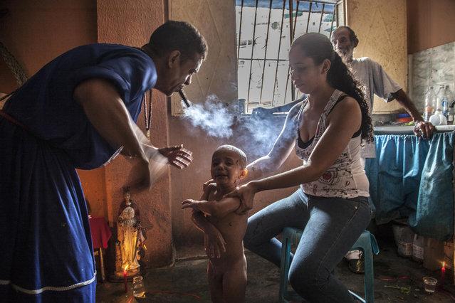 """The known as """"callejón de los brujos"""" has become an alternative for the sick in Venezuela. (Photo by Alvaro Fuente/NurPhoto via Getty Images)"""