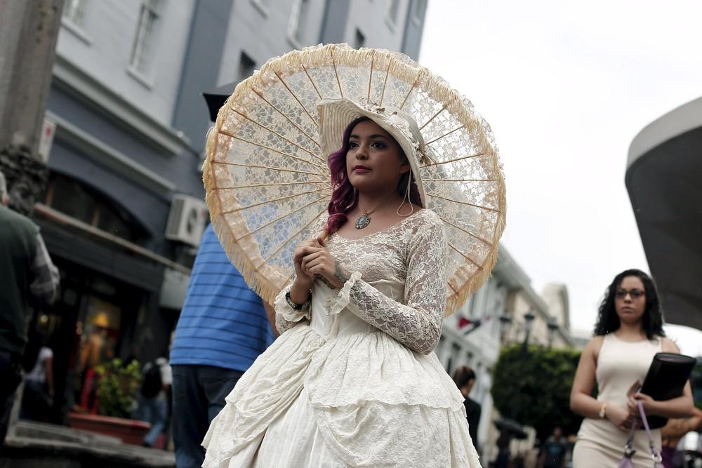 Victorian Lady Madame Barocle