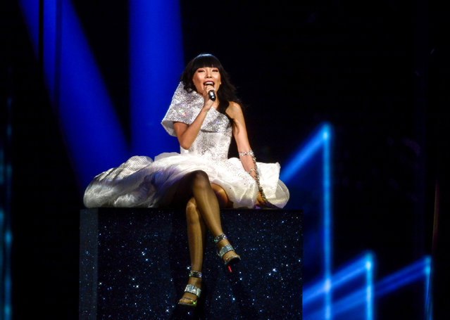 "Dami Im representing Australia performs with the song ""Sound of Silence"" during the Eurovision Song Contest final at the Ericsson Globe Arena in Stockholm, Sweden, May 14, 2016. (Photo by Maja Suslin/Reuters/TT News Agency)"