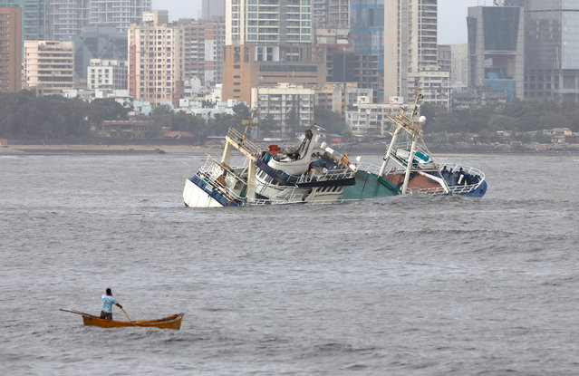 Ark Deck Bar, a floating restaurant is seen capsized in the Arabain Sea off the coast of Mumbai, May 26, 2018. (Photo by Danish Siddiqui/Reuters)