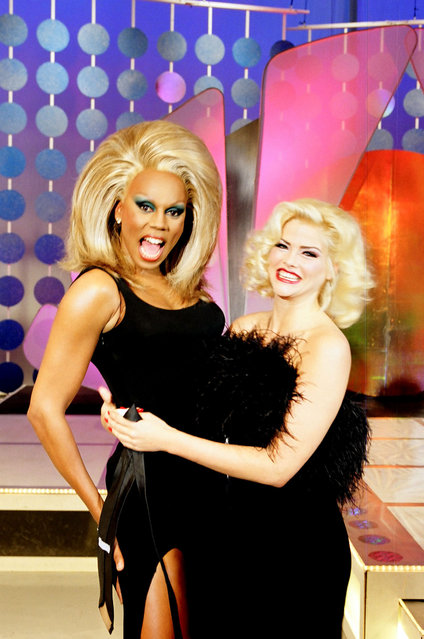 Rupaul and Anna Nicole Smith in Hollywood, California in 1998. (Photo by Jeff Kravitz/FilmMagic)