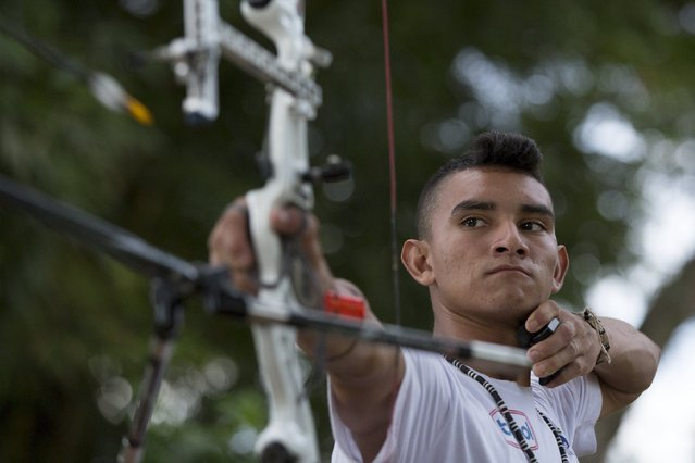Kambeba Indian, Dream Braga, 18, practices at a training centre in Manaus, Amazon state May 7, 2015. (Photo by Bruno Kelly/Reuters)
