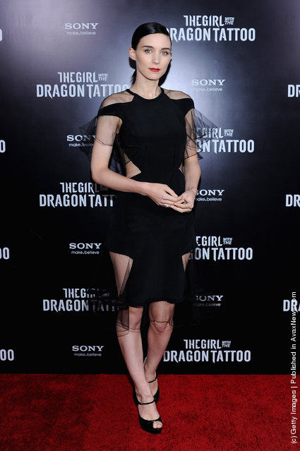 Rooney Mara attends the 'The Girl With the Dragon Tattoo' New York premiere