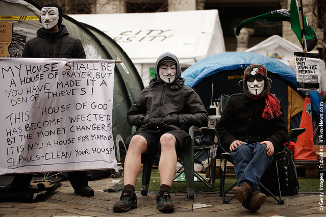 Anti-Capitalist protestors from the Occupy LSX movement at St. Paul's Cathedral