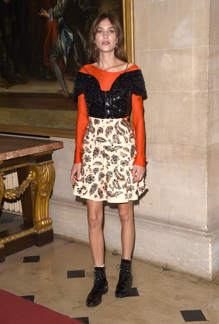 Alexa Chung arrives for the Christian Dior showcase of its spring summer 2017 Cruise collection at Blenheim Palace on May 31, 2016 in Woodstock, England. (Photo by Stuart C. Wilson/Getty Images)
