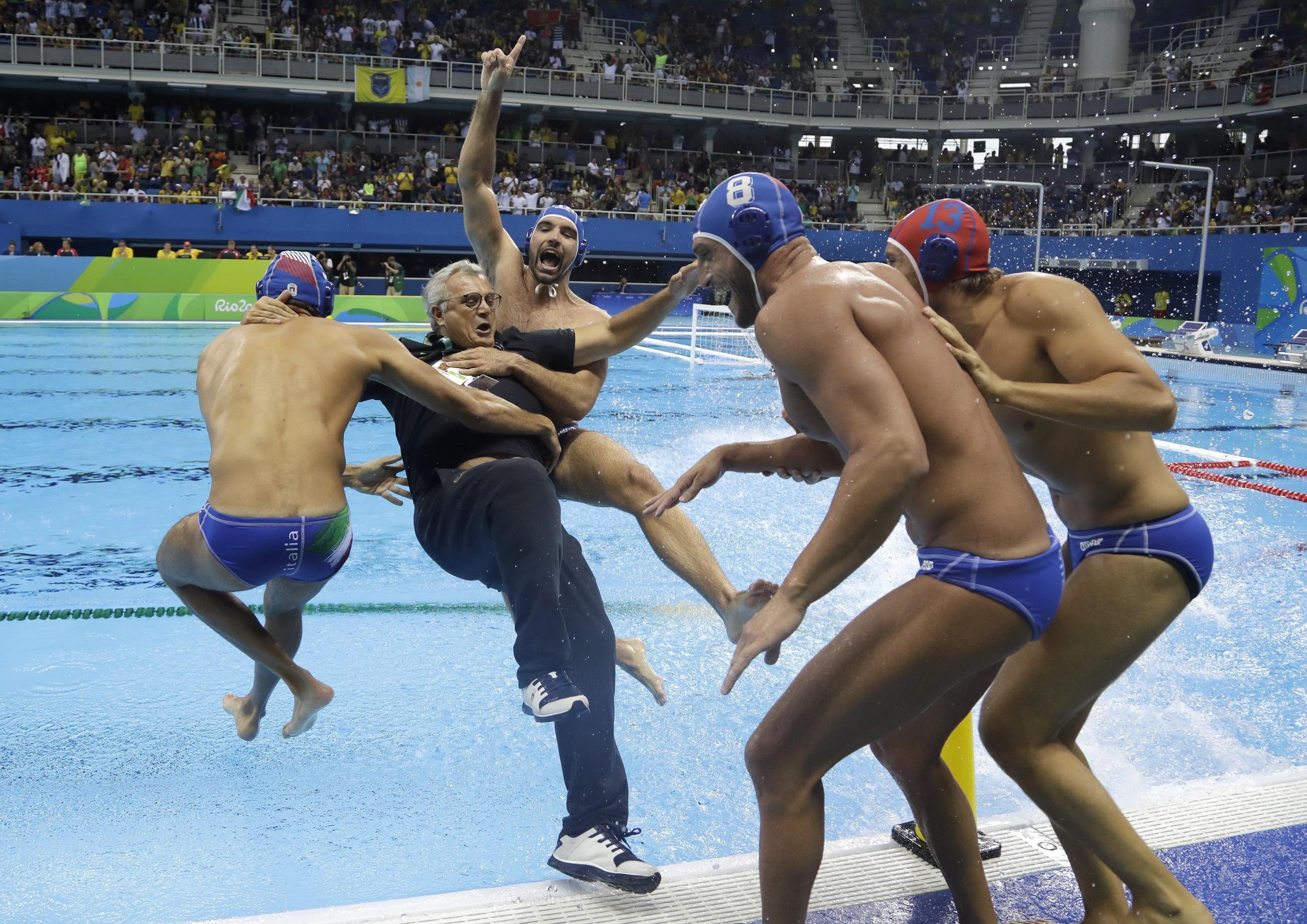 ним смешные фото с олимпиады в рио спортсменов мастика изготавливается