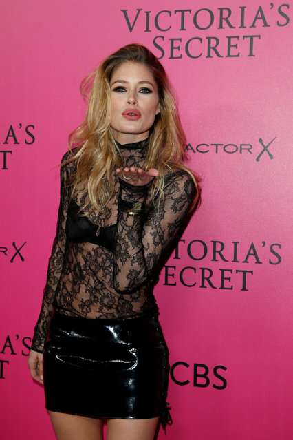 Model Doutzen Kroes poses during a photocall before the 2016 Victoria's Secret Fashion Show at the Grand Palais in Paris, France, November 30, 2016. (Photo by Benoit Tessier/Reuters)