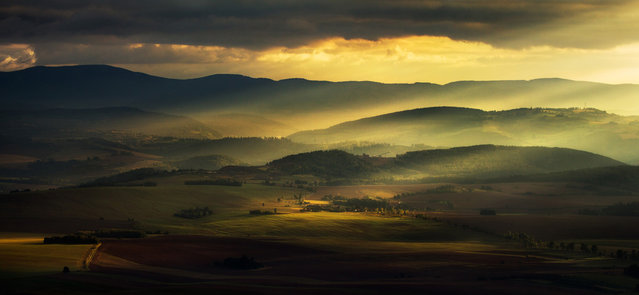 """""""A view from Szczeliniec to Owls Mountains and Klodzko valley, Poland"""". (Photo and comment by Pawel Uchorczak, Poland/2013 Sony World Photography Awards"""