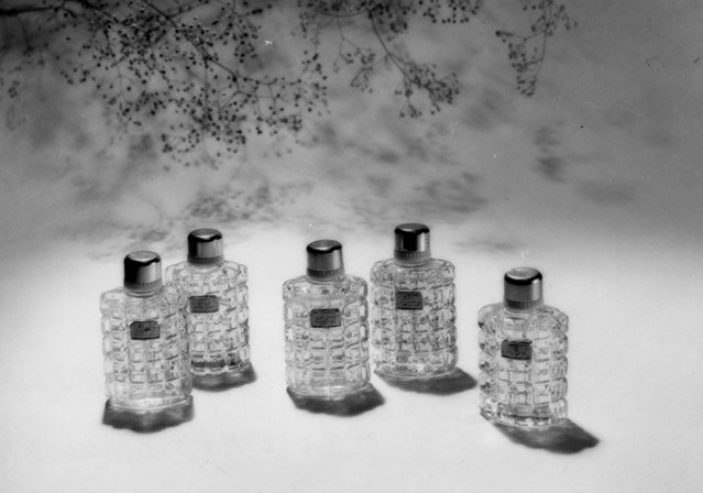Perfume No8, 1958. This picture, the eighth in a series on perfume, shows Alexander Khlebnikov's move into fashion and advertising photography in the 1950s. (Photo by Soviet Photo/Lumiere Brothers Center for Photography)
