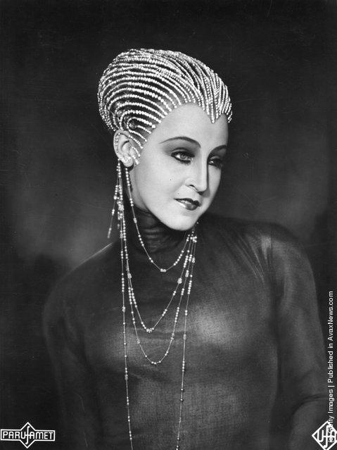 Fritz Lang, Metropolis, Brigitte Helm, evil robot Maria
