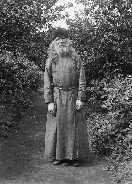 Monk, Valamo Monastery, Karelia, Russia (then Finland), 1930s. Father Sergius, assistant in the Monastery garden. (Photo by Einar Erici)