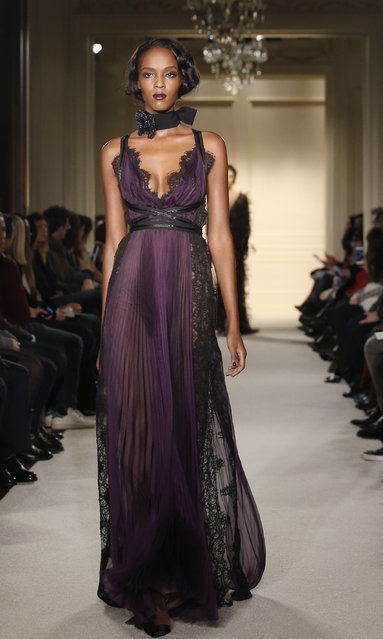 A model walks the runway in the Marchesa Fall 2015 fashion show in New York, Wednesday, February 18, 2015. (Photo by Kathy Willens/AP Photo)