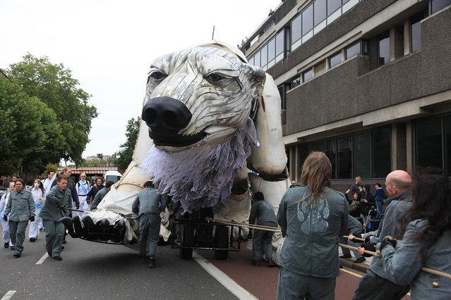 Giant Polar Bear Of London