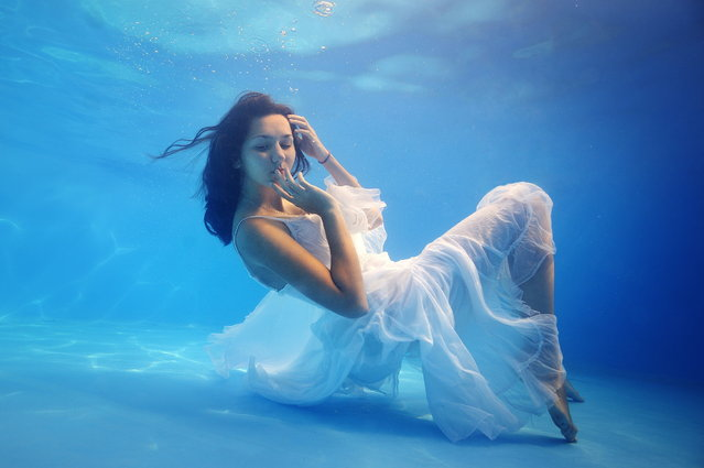 2014 Underwater Photography Photo Contest winners, Fashion category, 2nd place. (Photo by Nadia Kulagina/UnderwaterPhotography.com)