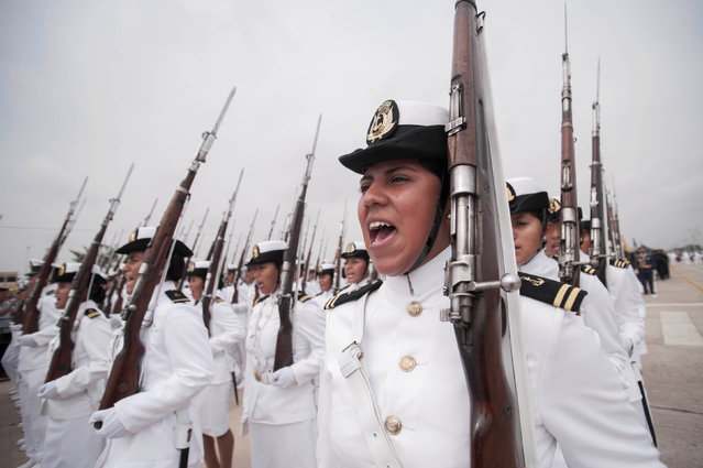 Bolivia's navy officers participate during a parade as part of Bolivia's Independence Day celebrations, in Santa Cruz, August 7, 2016. (Photo by Freddy Zarco/Reuters/Courtesy of Bolivian Presidency)