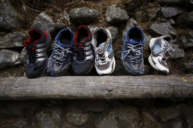 Shoes are left out to dry after being washed, in Solukhumbu District April 26, 2014. (Photo by Navesh Chitrakar/Reuters)