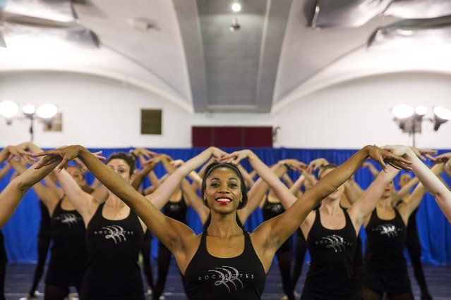 Dancers rehearse for the Rockettes 2015 Radio City Christmas Spectacular in New York October 15, 2015. (Photo by Lucas Jackson/Reuters)