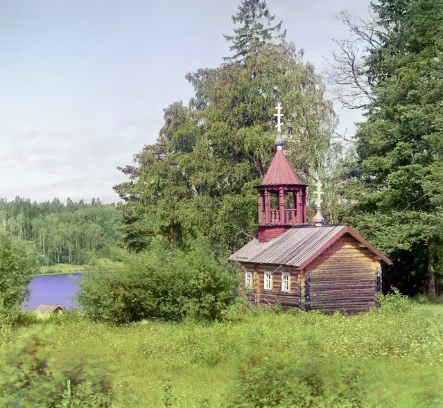 Photos by Sergey Prokudin-Gorsky. Chapel from the time of Peter the Great, near Kivach waterfall. Russia, Olonets province, Petrozavodsk uyezd (district), Kivach, 1916