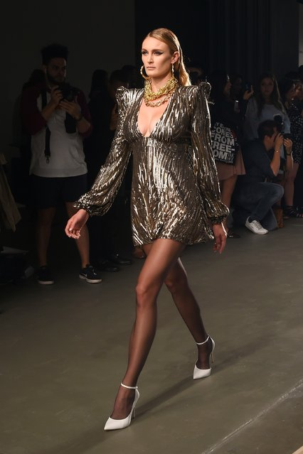 A model walks the runway during the Greta Constantine presentation during New York Fashion Week at Pier 59 on September 6, 2017 in New York City. (Photo by Ben Gabbe/Getty Images)