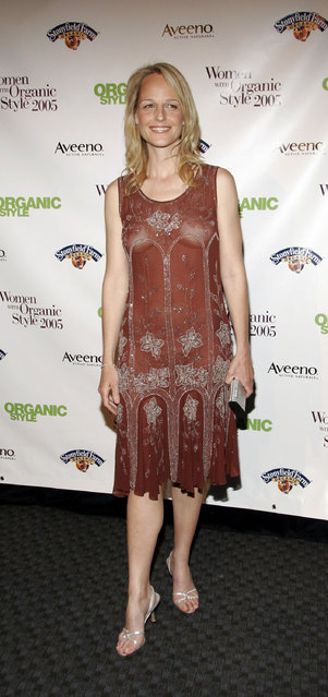 Actress Helen Hunt arrives for the Organic Style Magazine awards ceremony at the Frederick P. Rose Hall home of Jazz at Lincoln Center on April 20, 2005 in New York City. (Photo by Fernando Leon)